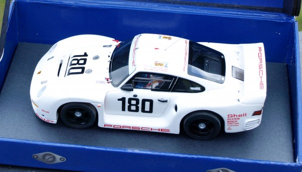Slotcar 1:32 analog LE MANS MINIATURES 961 Le Mans 1986 No. 180 High Detail Resin Collectors Edition