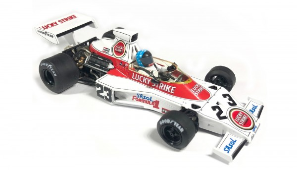 Slotcar 1:32 analog Mclaren M23 Grand Prix South Africa 1974 No. 23