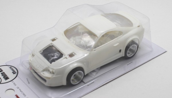 Slotcar 1:32 analog Bausatz REVOSLOT Supra White Kit Typ A