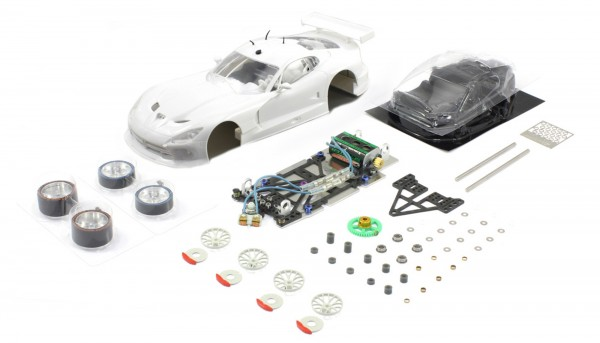 Slotcar 1:24 analog Bausatz SCALEAUTO Racing-RC2 Competition GTS-R White Kit