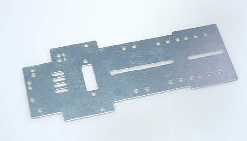 Fahrwerk PLAFIT P3 Super 24 Grundplatte 116,5x1,2mm Aluminium f.Slotcars 1:24