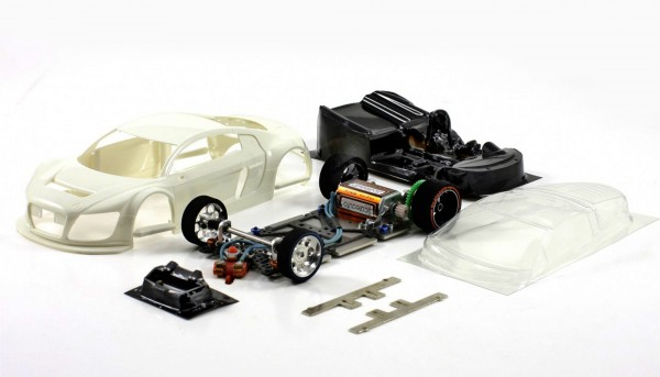 Slotcar 1:24 Bausatz analog Racing-RC2 Competition LMS GT3 White Kit