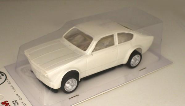 Slotcar 1:24 analog Bausatz BRM Kadett White Kit Typ B m.kurzem Frontspoiler