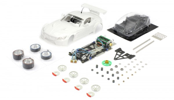 Slotcar 1:24 analog Bausatz SCALEAUTO Racing-RC2 Competition Z4 GT3 White Kit