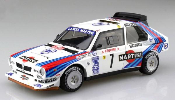 Standmodellbausatz Lancia Delta S4 Rallye Monte Carlo 1986 No. 7
