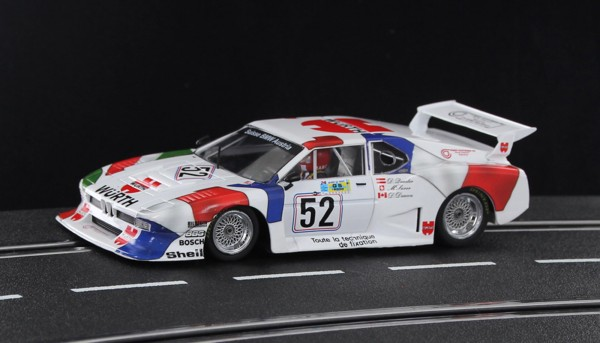 Slotcar 1:32 analog SIDEWAYS M1 Gr.5 Le Mans 1981 No. 52