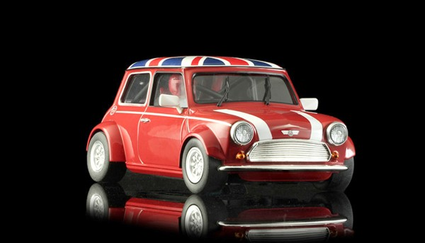 Slotcar 1:24 analog Cooper Union Jack Red Edition m.Classic Räder