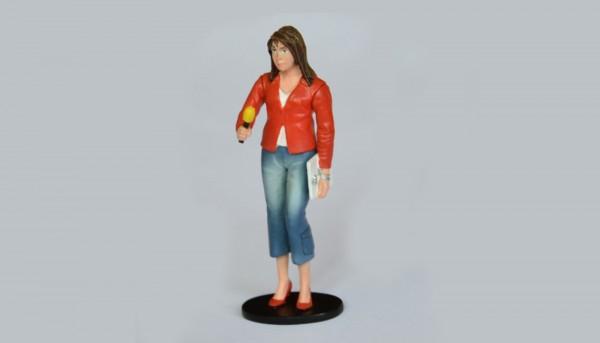 Modellfigur 1:32 LE MANS MINIATURES Journalistin m.Mikrofon High Detail Collectors Edition