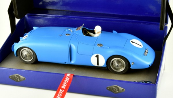 Slotcar 1:32 analog Bugatti 57C Tank Le Mans 1939 No. 1 High Detail Resin Collectors Edition