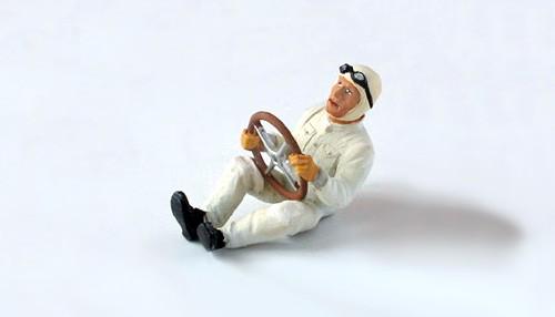 Modellfigur 1:32 LE MANS MINIATURES Rennfahrer 30-50er Jahre sitzend High Detail Resin Collectors Edition