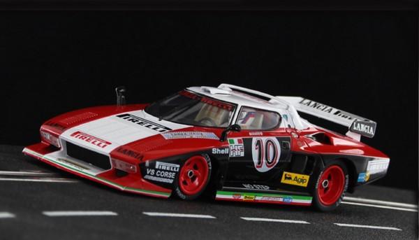 Slotcar 1:32 analog SIDEWAYS Stratos Turbo Giro D`Italia 1977 No. 10